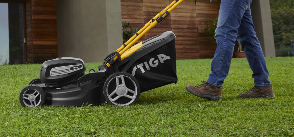 How To Tighten Throttle Cable On Lawn Mower